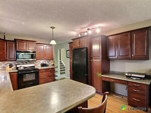 $425,000 - Split Level for sale in Sherwood Park Strathcona County Edmonton Area image 3