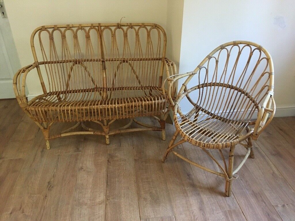 Great condition Vintage Wicker Furniture