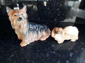 Kingston pottery Hull - Dogs - perect condition £15 ono