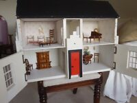 VINTAGE HAND CRAFTED WOODEN DOLLS HOUSE