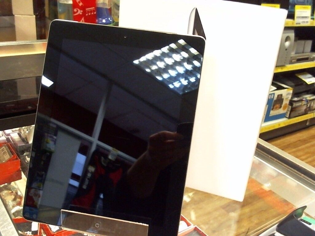 IPAD 2, 64GB, BOXED, VERY GOOD USED CONDITION