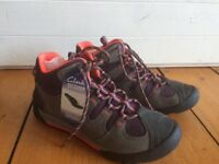 Clarks Outlay North dark grey ladies hiking boots, size 5.5, new and unused