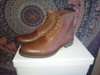Will's Vegan Work Boots - Men's size EU41/UK - chestnut brown Brand New