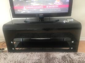 Tv unit or a unit for lamps/candles