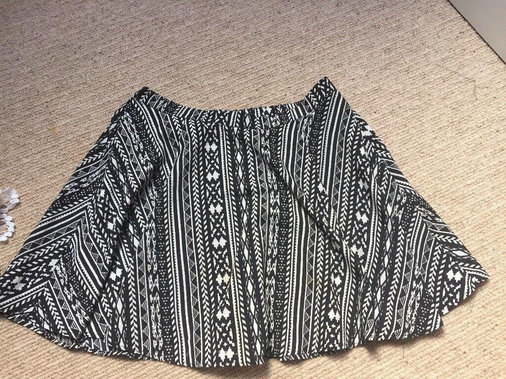 Black and white patterned women's mini skirt