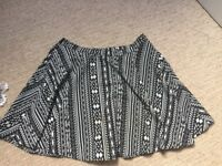 Black and white patterned women's mini skirt