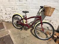 "Raleigh town & comfort Pacific - 26"" wheel 17"" frame - women's bike"