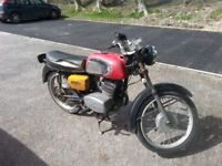 cz125 1975 tax mot exempt .classic runner project spares repairs
