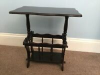 Traditional Style Solid Wooden Coffee Table with Magazine Rack Underneath