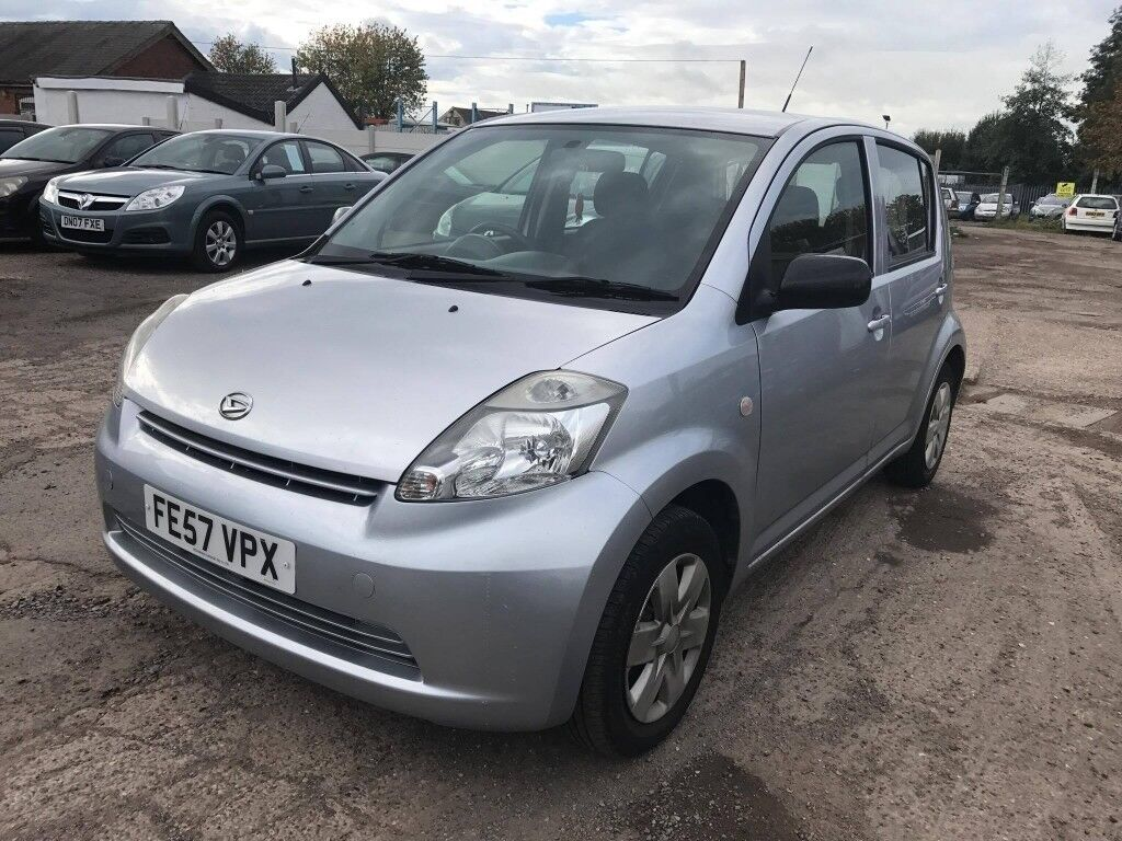 Daihatsu Sirion 1.0 S 5dr Hatchback 50,607 miles FUL SERVICE HISTORY 1  FORMER KEEPER MOT 04