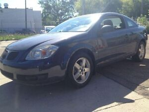 2009 Pontiac G5 | Leather | Sunroof | Fuel Eff