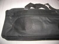 Ritter Gigbag , Softcase built for Keyboards and Synthesizers with 49 keys.