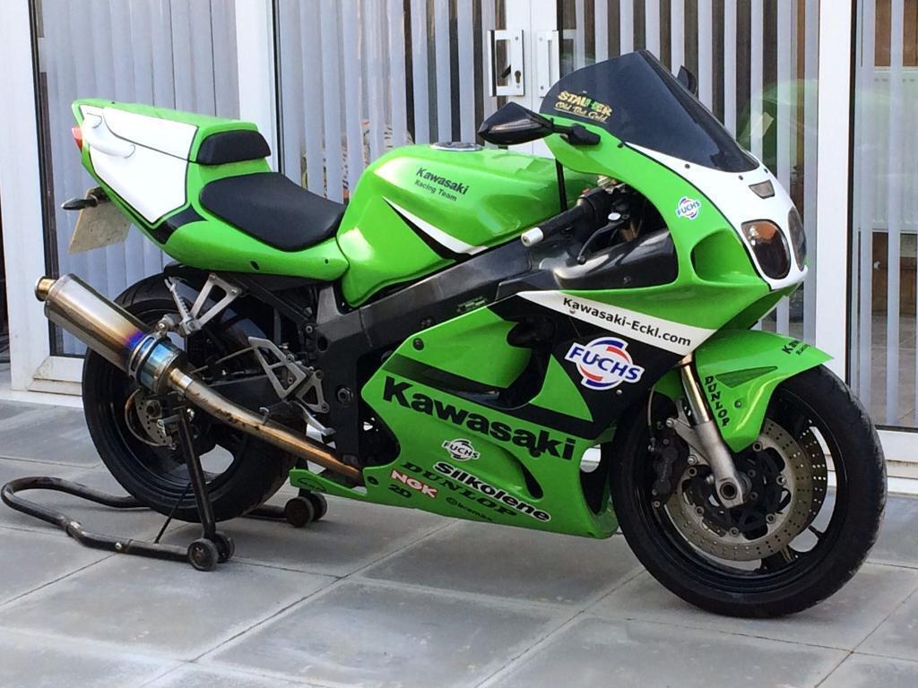 Kawasaki Ninja Replica