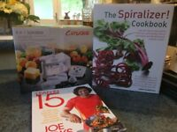 Cuisique Spiralizer - plus 2 cookbooks (All Brand New)