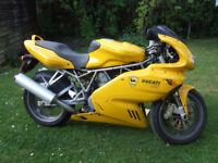 Ducati Super Sport 2005 colour yellow