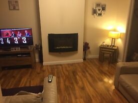 Double room for rent in 3 bed semi detached property, Maesycwmmer, Hengoed.