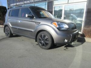2010 Kia Soul 4U W/ HEATED SEATS & MOONROOF