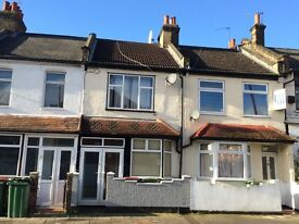 one double room to be rent in a 4 bedroom house near west ham station £115 p/w excluding bills