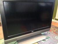 """LG 37"""" TV. LG37LC2DB"""