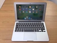 Apple MacBook 11.6 (early 2015) i5 1.6 Ghz 128GB SSD 'AS NEW'