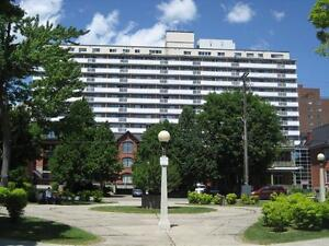 1 Bedroom - Great Downtown Location in Golden Triangle
