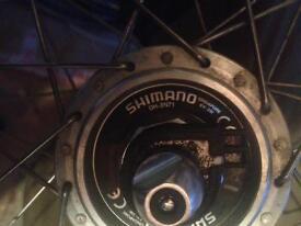 Dynamo front wheel , 622