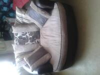 Cuddle chair NEED RID TODAY 50 ONO