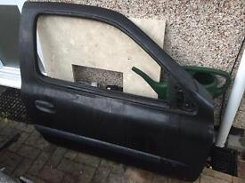 Renault Clio drivers door