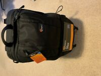 LowePro Fastpack 350 Camera Bag: As New Condition
