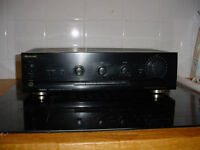 Sherwood AX-4050 stereo integrated amplifier with phono stage
