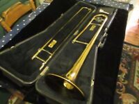 American King Trombone tempo 606 with fiber case