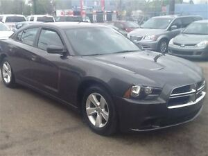 2014 Dodge Charger SE - SPORTY AND FUN