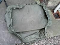 Tracker matt with stink bag