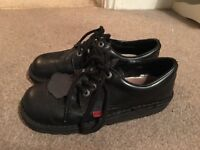Kickers lace up shoes size 6