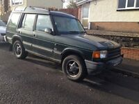 Land Rover Discovery 300Tdi R reg Green 5 Door Spares Repair Runs & Drives V. Short MOT Need Welding