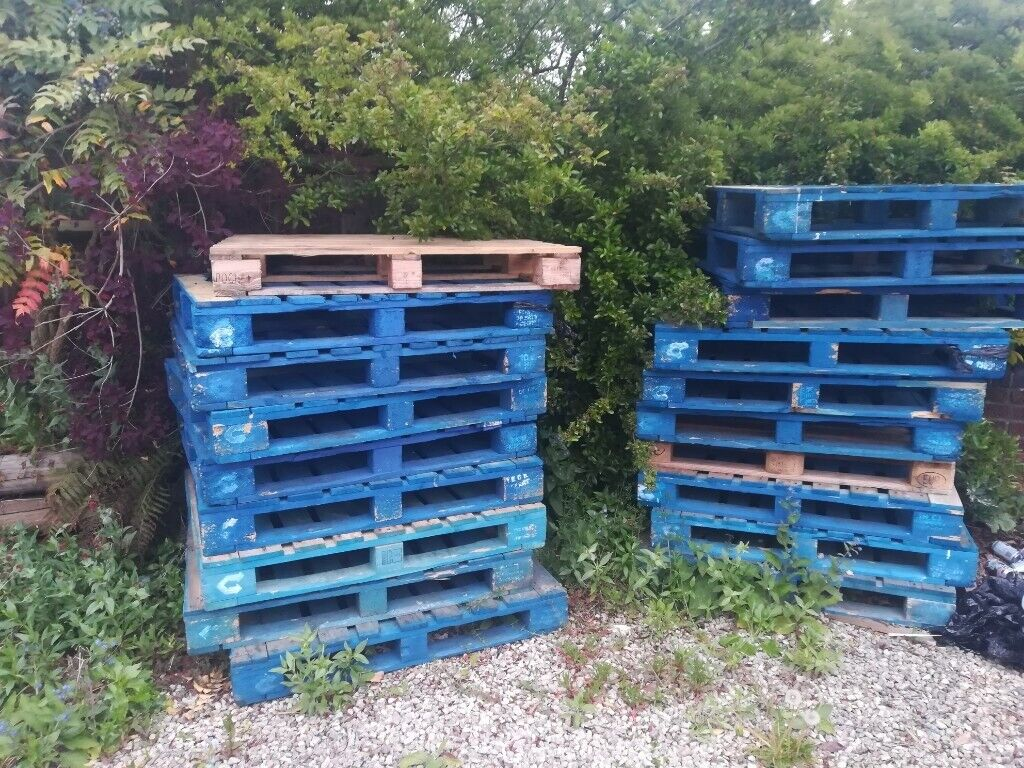 19 X wooden pallets for sale | in Borehamwood ...