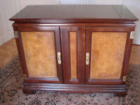 Lovely Chinese Style Sideboard / Server. Excellent condition