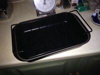Le Crueset Roasting Dish with Cradle