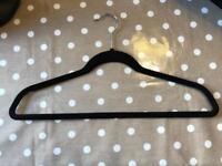 Pack of 30 slim valvet hangers
