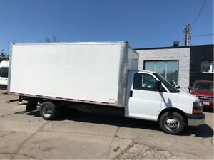 2015 GMC Savana 3500 16ft cube with ramp