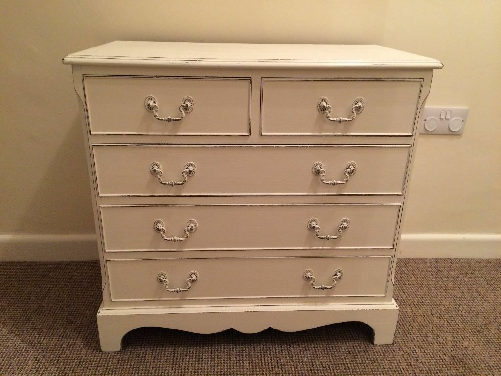 Vintage chest of drawers all original wood handles