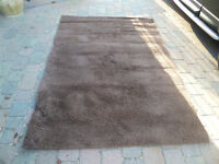 BROWN RUG - GOOD CONDITION