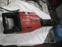 Hilti TE 905 Breaker, Case and tools
