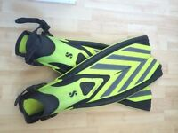 SCUBAPRO Twin Speed Scuba Fins (L-XL)