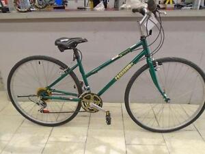 Vélo hybride Precision