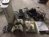 Xbox 360 white 60gb console plus wireless controllers etc works but sold as spares