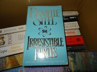 IRRESISTIBLE FORCES - DANIELLE STEEL