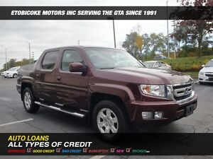 2011 Honda Ridgeline extremely clean , loaded with options