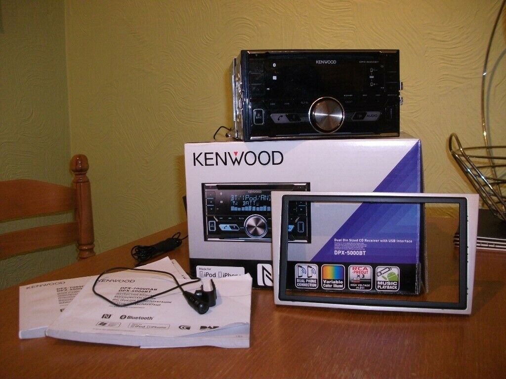 Kenwood DPX-5000BT Double Din Bluetooth car stereo, hands free microphone, on