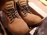 De Walt Myson Steel toe cap safety boots size 8